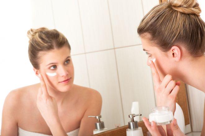 Як правильно наносити крем на обличчя, щоб він діяв