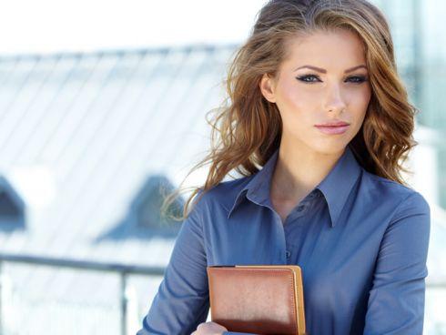 Як залишатись модною та стильною на роботі