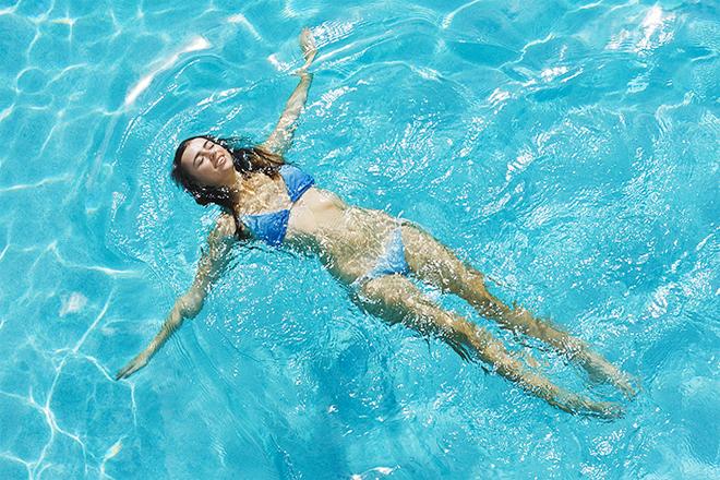 Як плавати в басейні, щоб схуднути?
