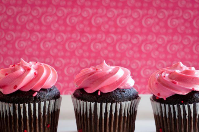 День Святого Валентина: готуємо романтичні капкейки