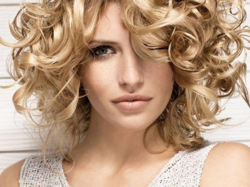 Прості зачіски на кожен день [ВІДЕО]