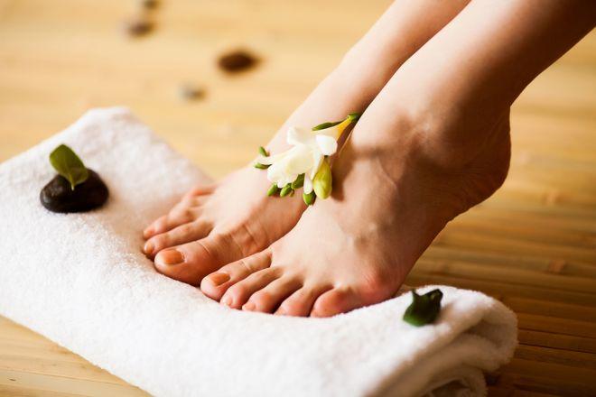 Сім правил гоління ніг, з якими ви забудете про подразнення