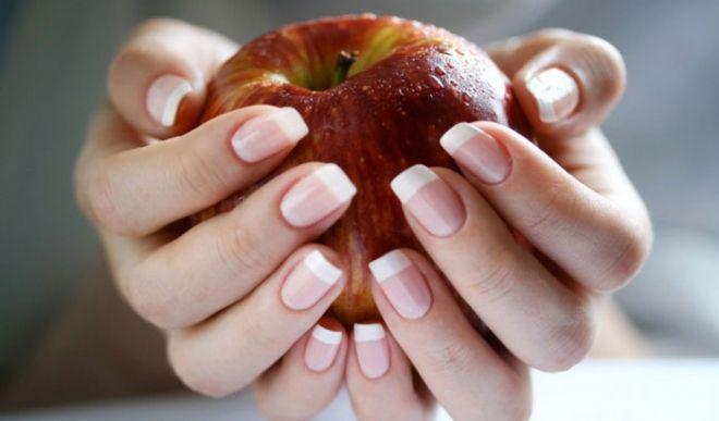 Маски для росту нігтів: 3 найдієвіших метода