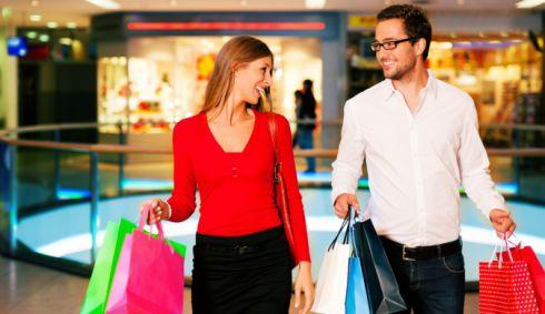 Шопінг з мужчиною: як привчити робити покупки разом
