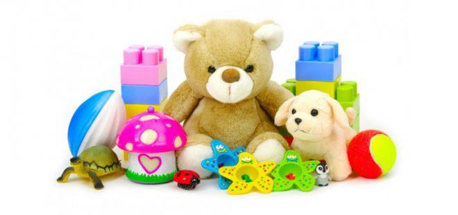 Які іграшки потрібно дарувати дитині? Топ 5 найкорисніших забавок