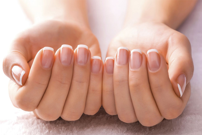 Як зробити нігті ідеальними вдома?