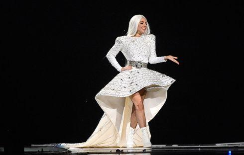 Леди Гага подхватила высотную болезнь