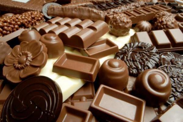 Чому потрібно їсти чорний шоколад щодня