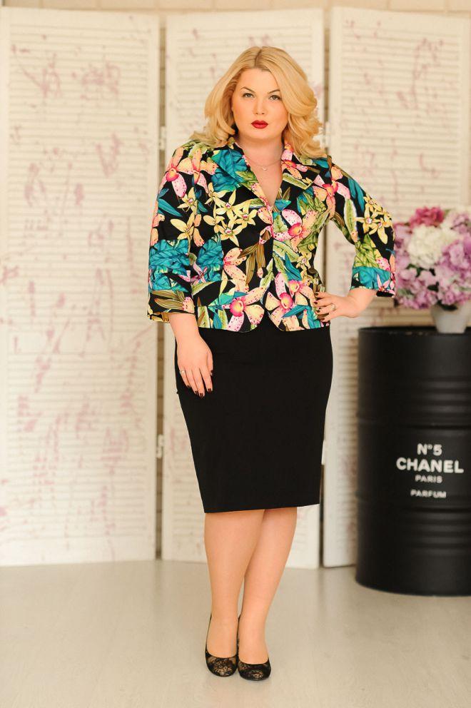 Как выбрать пиджак женский большого размера?