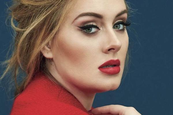 Таємниці ідеального макіяжу Адель від її візажиста