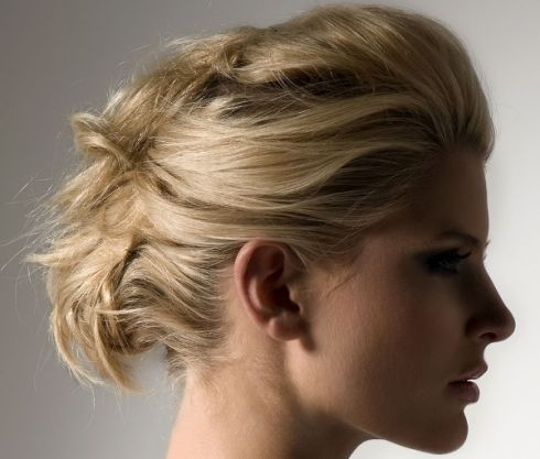 5 зачісок за 5 хвилин: стильні ідеї на кожен день [ВІДЕО]
