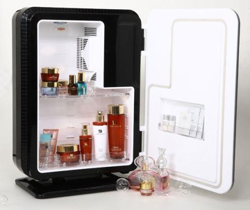 Какую косметику лучше держать в холодильнике