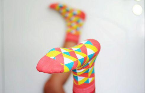 Хітовий тренд: кольорові шкарпетки