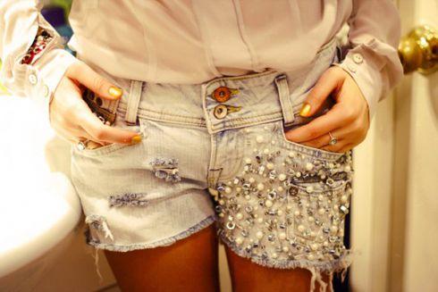 Як своїми руками з джинс зробити шорти [ВІДЕО]