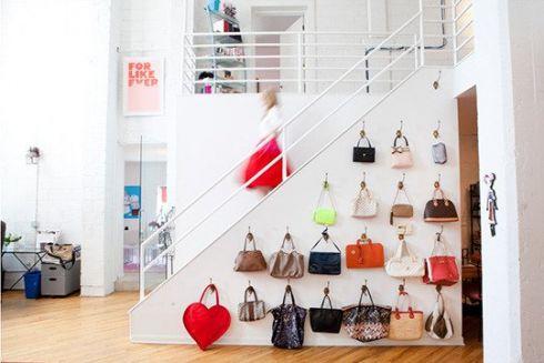 Як зберігати жіночі сумочки: стильні ідеї