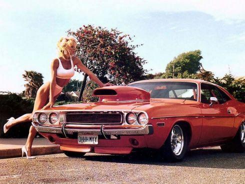 Авто – новий жіночий аксесуар