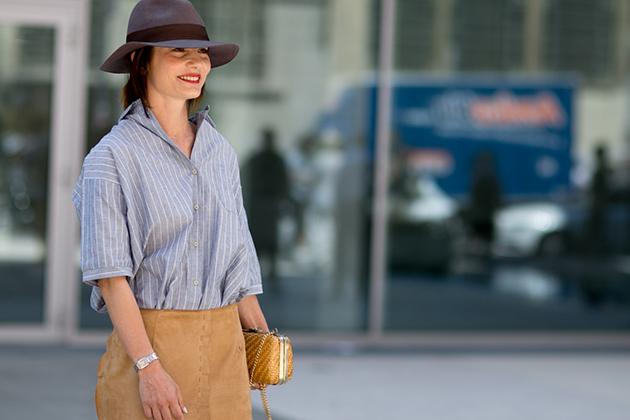 Модний look: з чим носити широкополий капелюх цієї осені (ФОТО)
