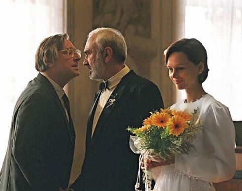 Актриса Ірина Безрукова продає свою весільну сукню [ФОТО]