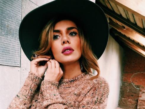 Анна Седокова зробила своїх доньок моделями