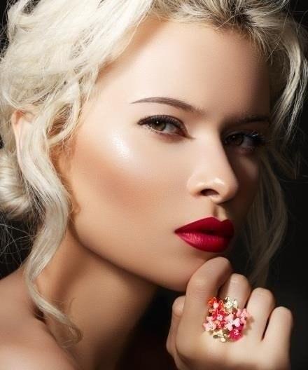 4 средства для идеального макияжа