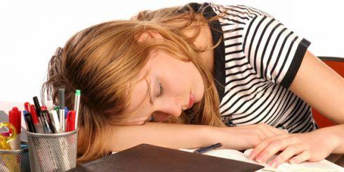 Как бороться с сонливостью во второй половине дня