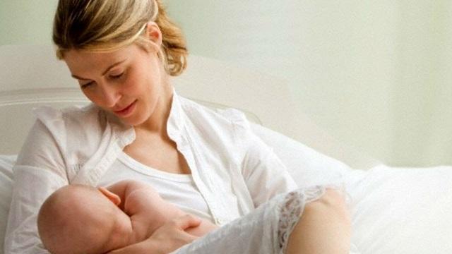 Помощник для родителей при кормлении ребенка