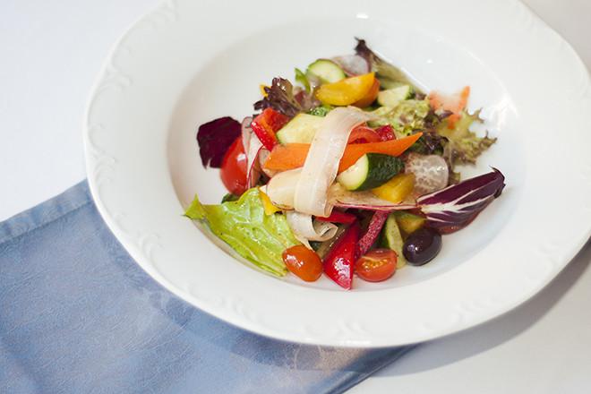 6 продуктів з яких треба готувати салати для схуднення