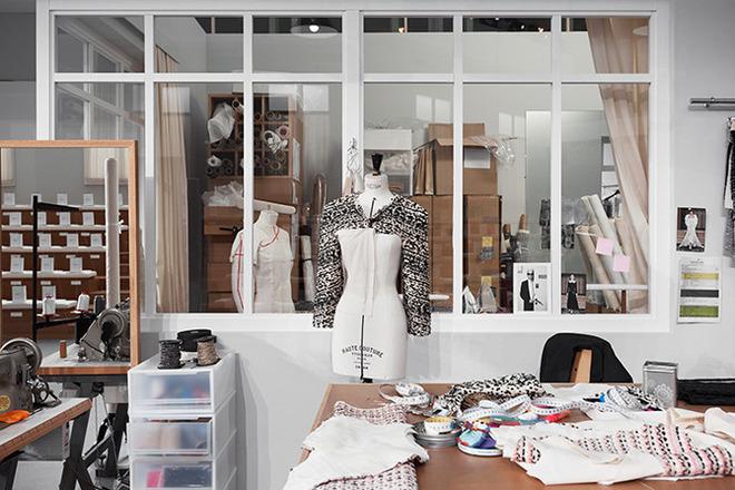 Як Chanel створює кутюрну колекцію (ВІДЕО)