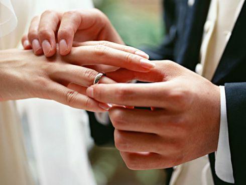 10 типових фраз про заміжжя, які не варто казати