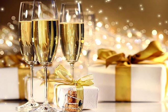 3 ідеї для яскравої подачі шампанського