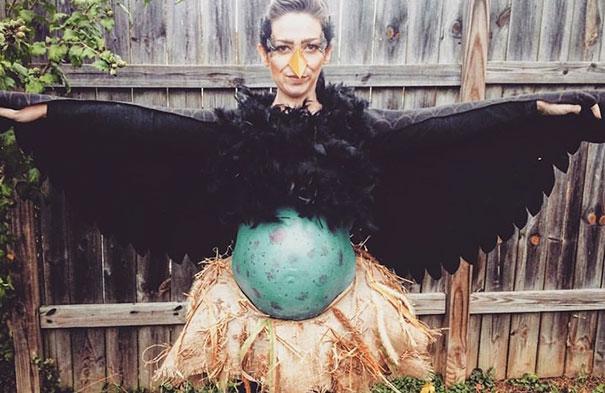 Вагітні на Хелоуін креативно прикрасили животики (ФОТО)