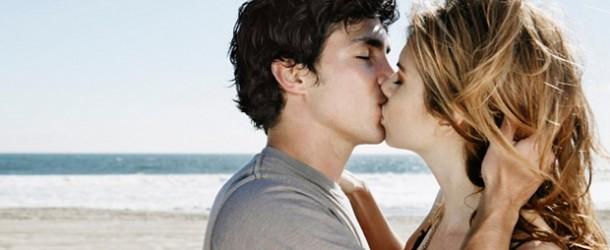 Перший поцілунок розповість про майбутні стосунки