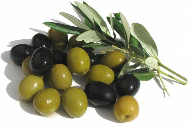 Різниця між зеленими і чорними маслинами, їх користь