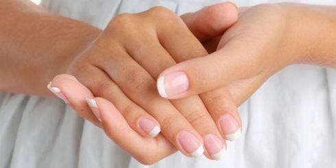Що робити з пошкодженими нігтями