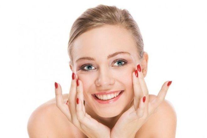 Ефективні вправи для обличчя проти гусячих лапок