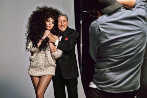 Леди Гага станет лицом H&M