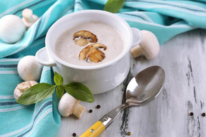 Яким дієтичним обідом потішити себе влітку?