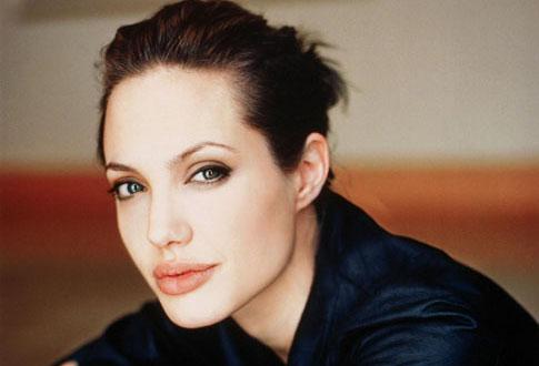 Анджелина Джоли: эволюция стиля 1989 - 2014