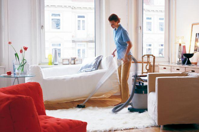 Как быстро убрать в доме до прихода гостей