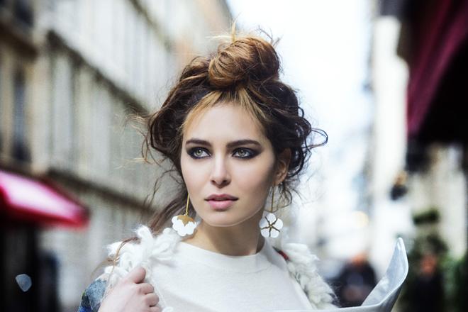 Два пучка: 10 варіантів наймоднішої зачіски літа (ФОТО)