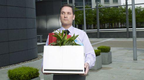 Чоловік в пошуку: що робити і чого не робити, якщо він втратив роботу