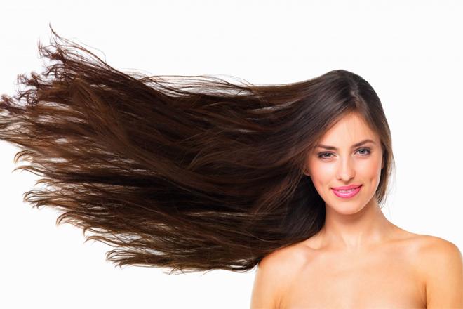 Як доглядати за волоссям влітку?