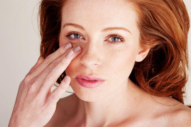 Як прибрати сліди втоми на обличчі?