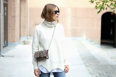 fashion-blogger-sara-strand-turtleneck-outfit_street_style_ripped_jeans_2.jpg (18.78 Kb)