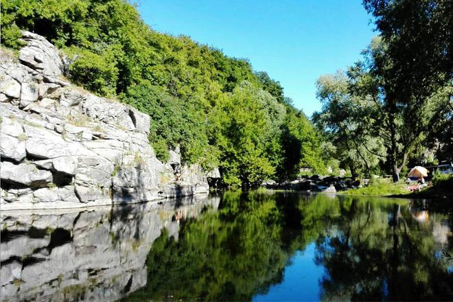3 мальовничих місця в Україні, де варто побувати восени [ФОТО]