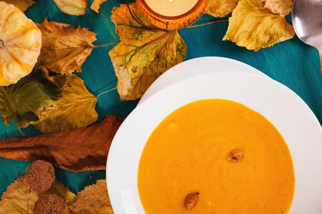 Сезонні рецепти: дієтичний суп з гарбуза