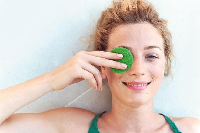 Петрушка: зроби шкіру навколо очей ідеальною