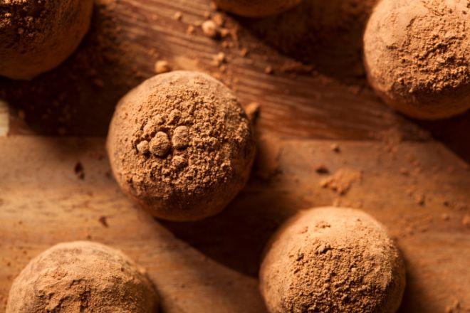 Неймовірні шоколадні трюфелі до 8 березня