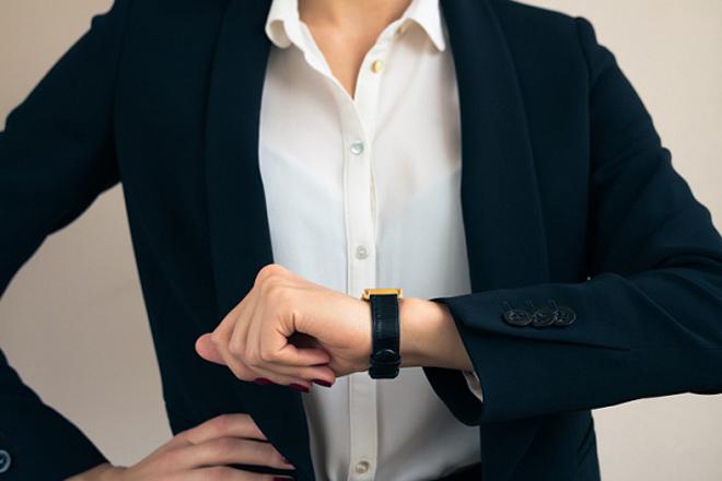 4 поради, щоб навчитись йти з роботи раніше