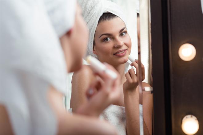 Як доглядати за губами восени: 6 важливих порад